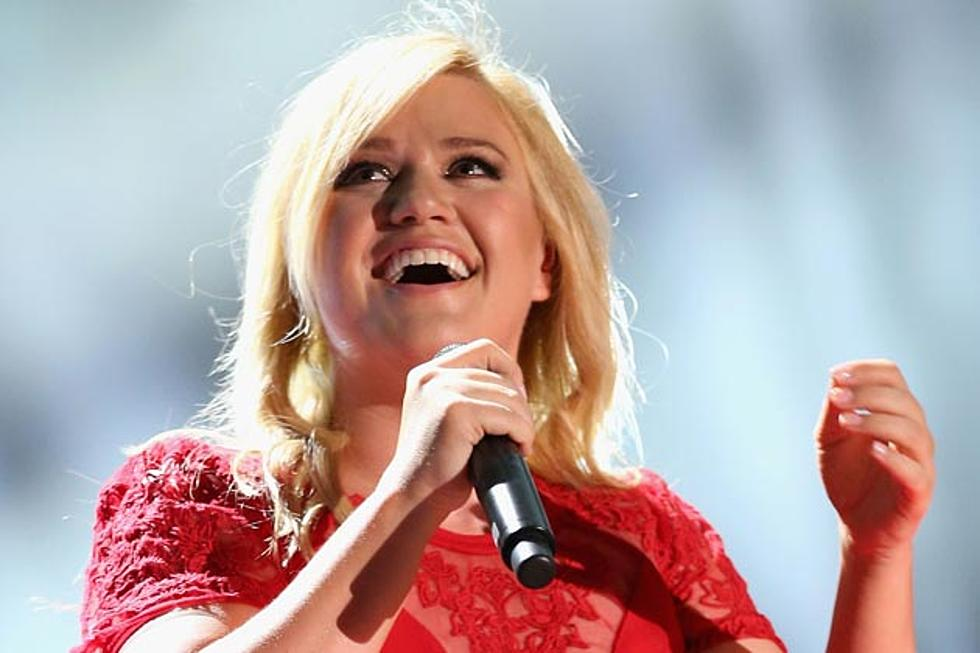 Kelly Clarkson Filming First Holiday Special in Las Vegas