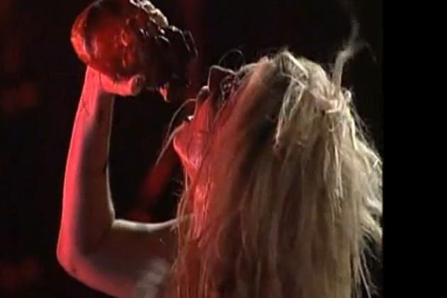 Kesha Bloody