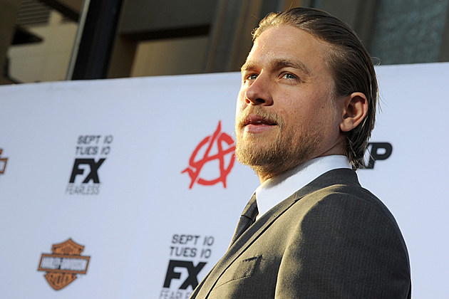 HOLLYWOOD, CA - SEPTEMBER 07: Actor Charlie Hunnam attends the season 6 premiere of FX's 'Sons Of Anarchy' at Dolby Theatre on September 7, 2013 in Hollywood, California. (Photo by Kevin Winter/Getty Images)