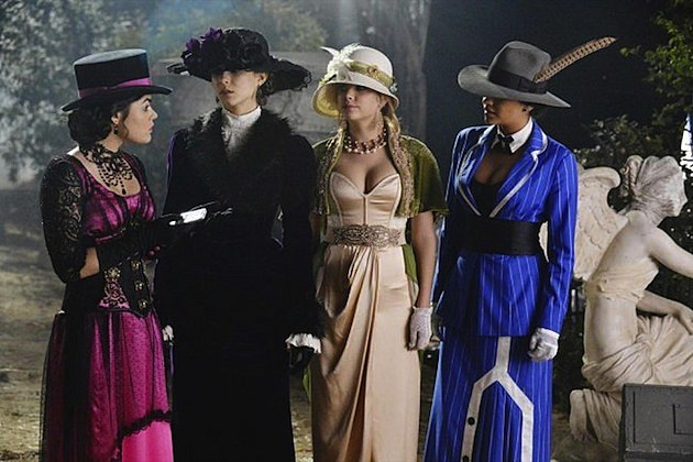 Pretty Little Liars Halloween Special