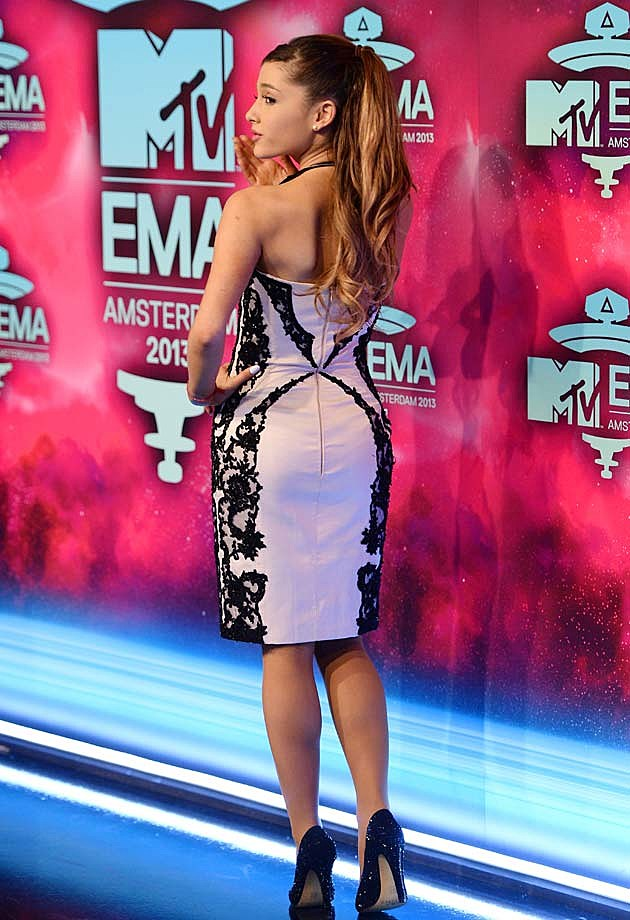 Ariana Grande 2013 EMAs