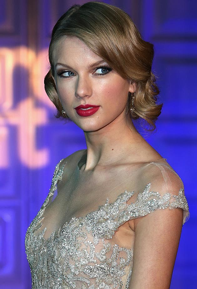 Taylor Swift Winter Whites