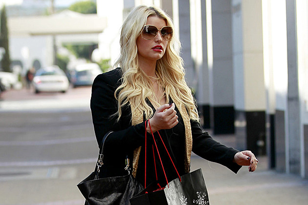 jessica-simpson-shopping