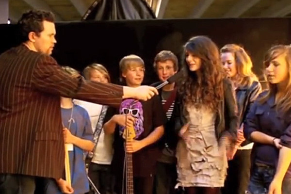 Watch Lorde Perform in a Talent Show at 12 Years Old