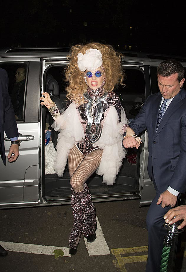 Lady Gaga Effie Trinket Look