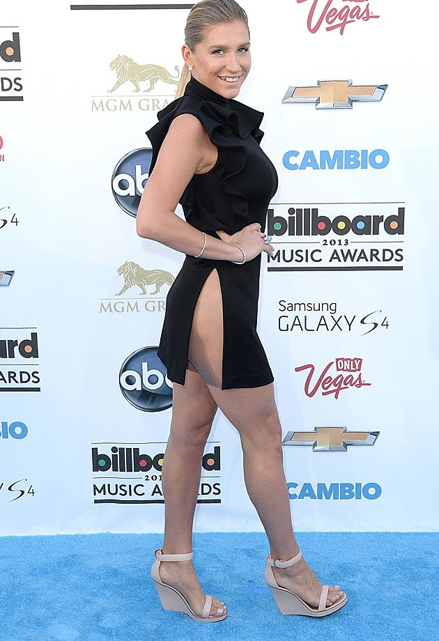 Kesha Givenchy Billboard Awards