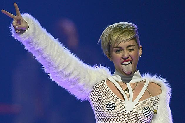 Miley Cyrus Reveals Why She Sticks Out Her Famous Tongue So Much