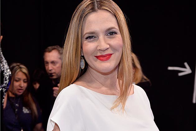 Drew Barrymore Baby Bump