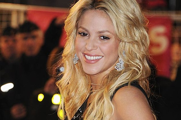 See Shakira S Best Red Carpet Looks Photos