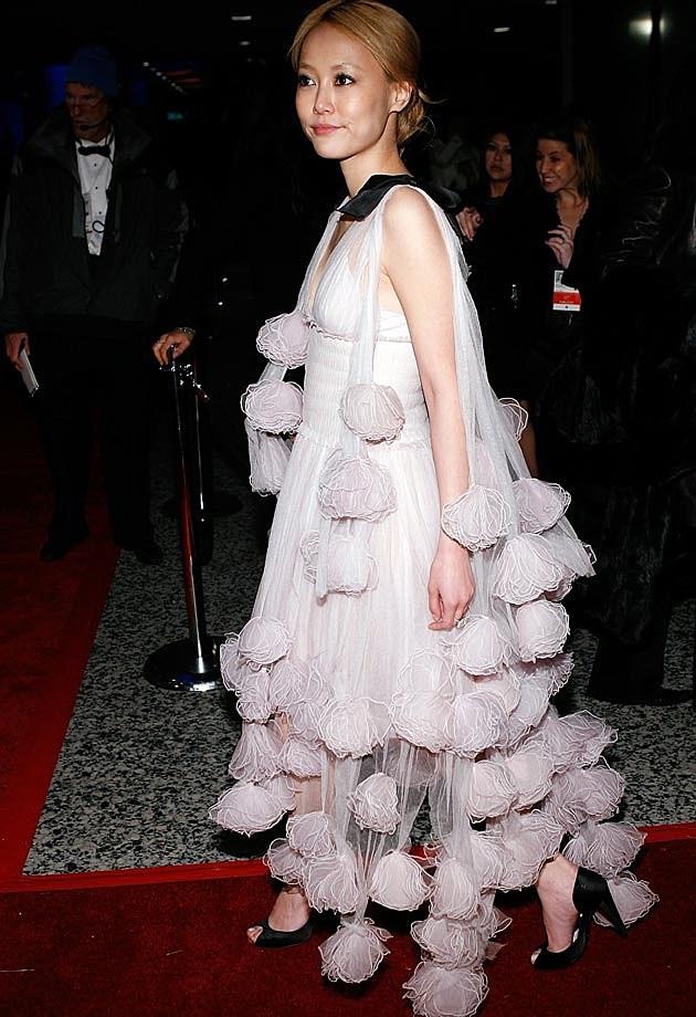 Rinko Kikuchi Chanel 2007 Golden Globes