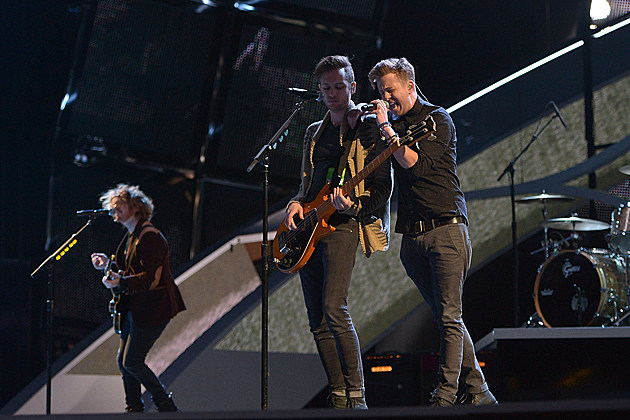 onerepublic-2014-peoples-choice-awards Counting Stars OneRepublic 2014 Peoples Choice Awards