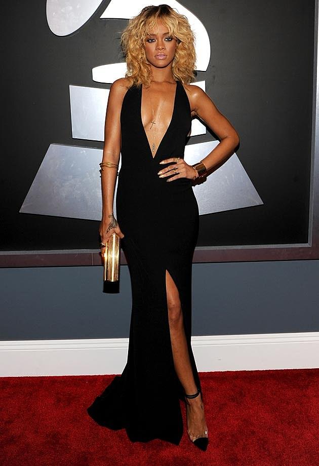 Rihanna Red Carpet 2012 Armani Grammys