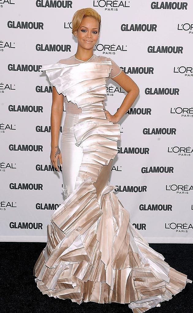 Rihanna Red Carpet 2009 Stephane Rolland