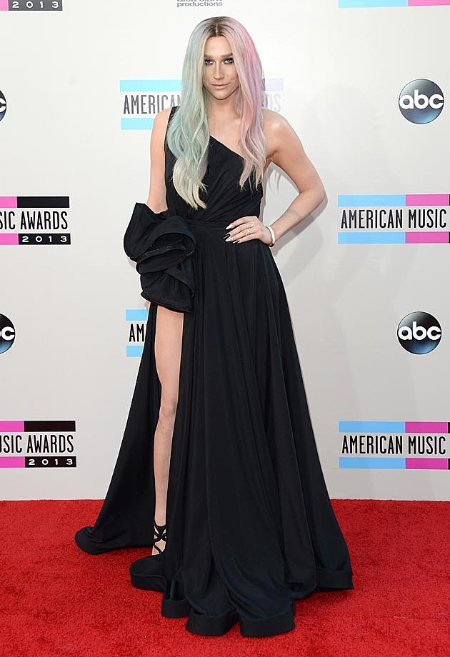 Kesha AMAs Michael Costello 2013