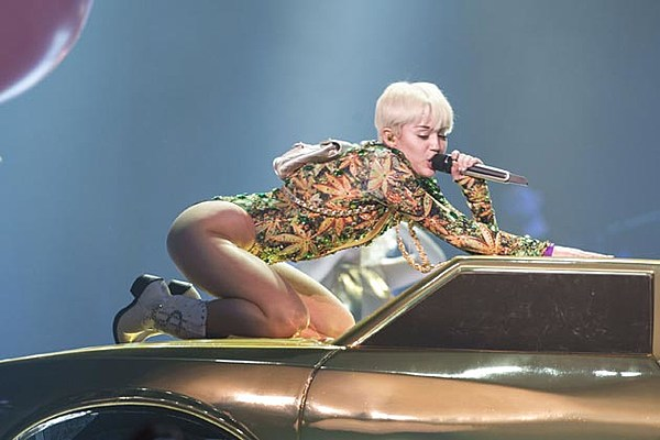 Miley Cyrus: A Teenage Inspiration