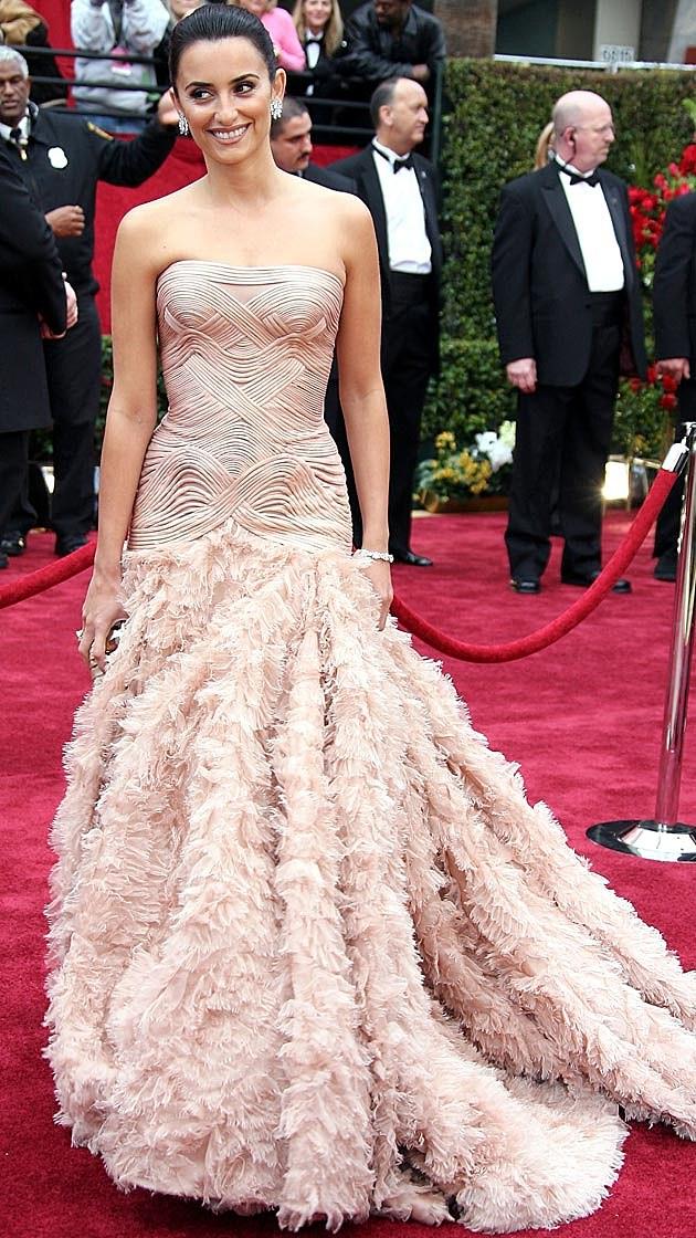 Penelope Cruz Atelier Versace 2007 Oscars