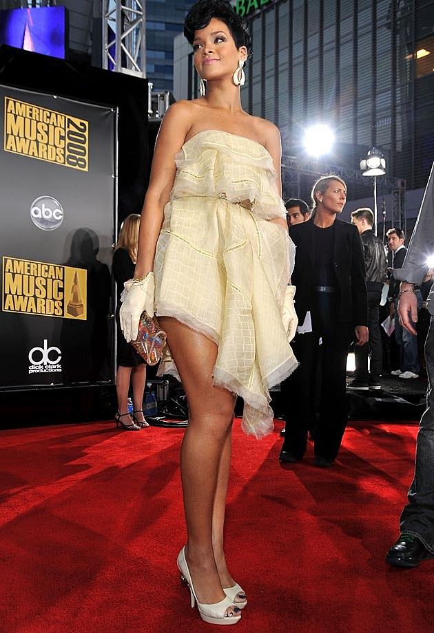 Rihanna Yellow
