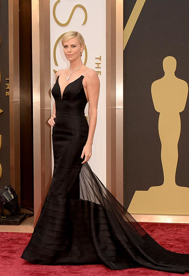 Charlize Theron 2014 Oscars Dior