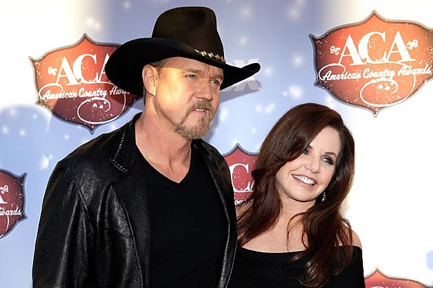 Trace Adkins Wife Divorce