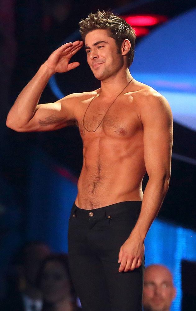 Zac Efron Goes Shirtless Kisses Fan At 2014 Mtv Movie Awards