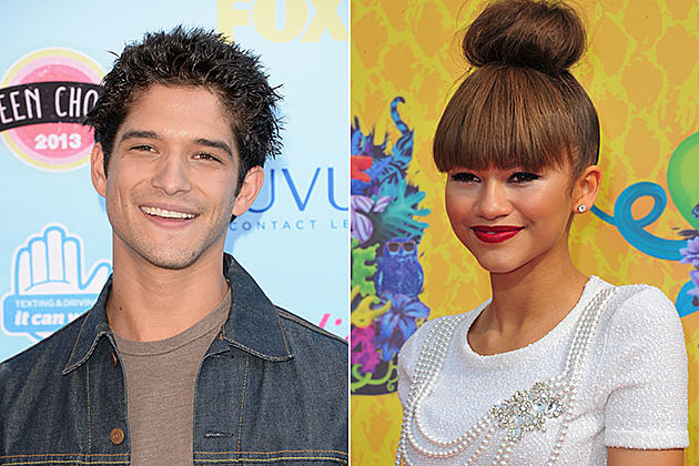 Tyler Posey and Zendaya to Host 2014 MTV Movie Awards Pre-Show