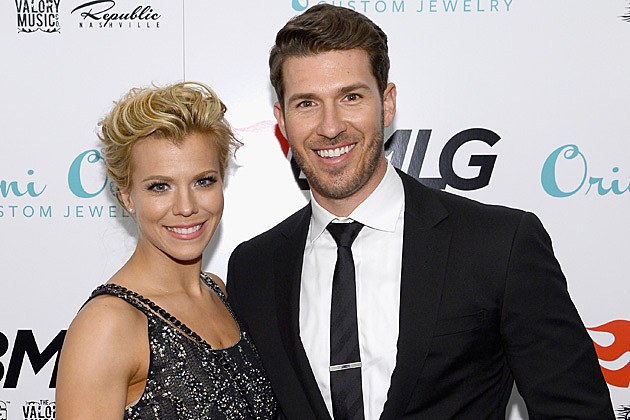 Kimberly Perry / J.P. Arencibia