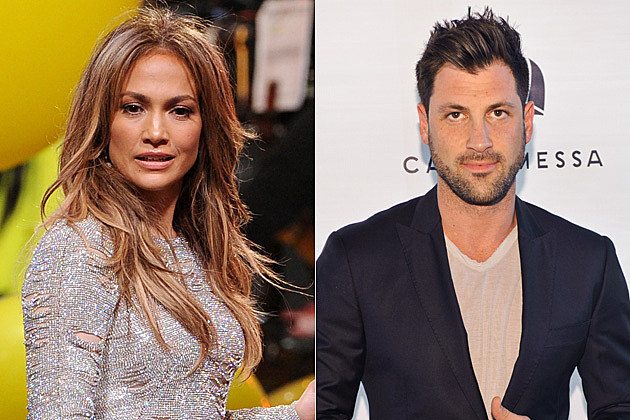 jlo dating maksim Jennifer lopez and maksim chmerkovskiy are adorable lovebirds at her birthday celebration.