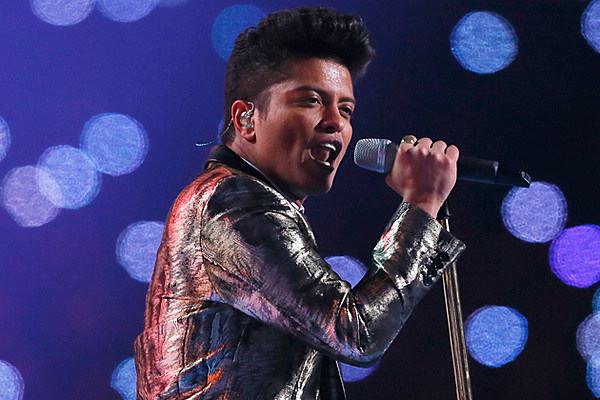 Bruno Mars Charms NYC Fans, With Special Guest Pharrell