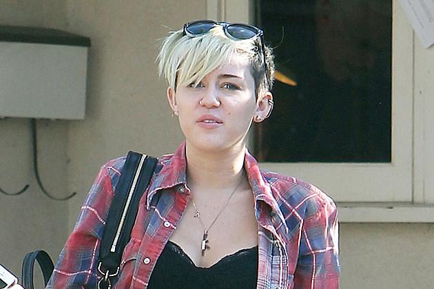 """Képtalálat a következőre: """"miley cyrus without makeup"""""""