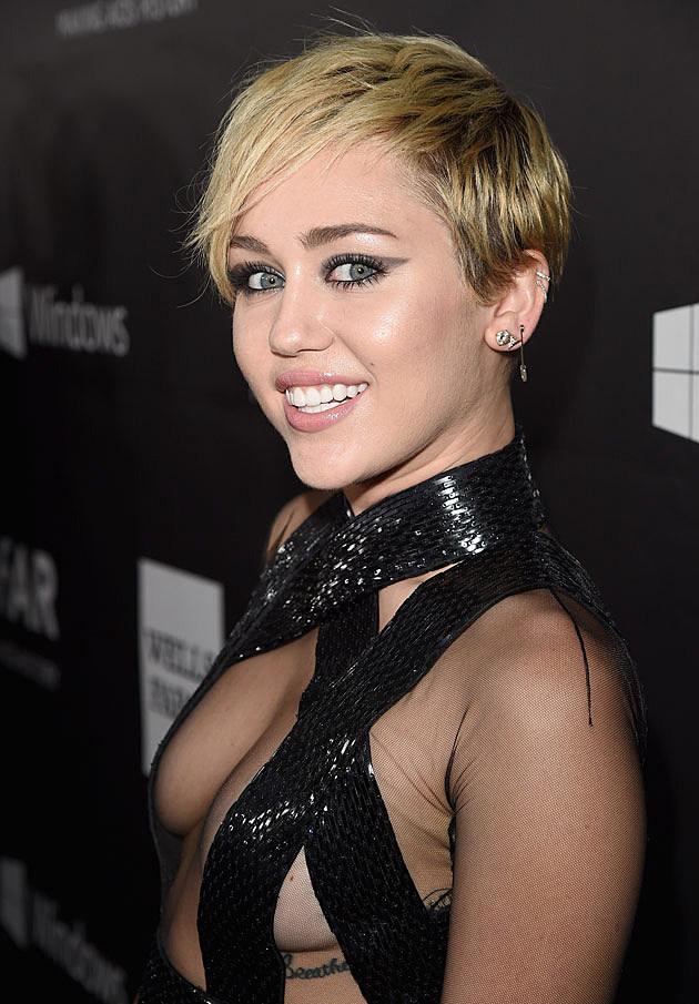 Miley cyrus photos porno