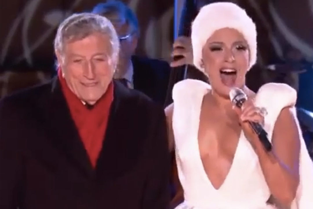 Lady Gaga and Tony Bennett Perform 'Winter Wonderland' for 2014 ...
