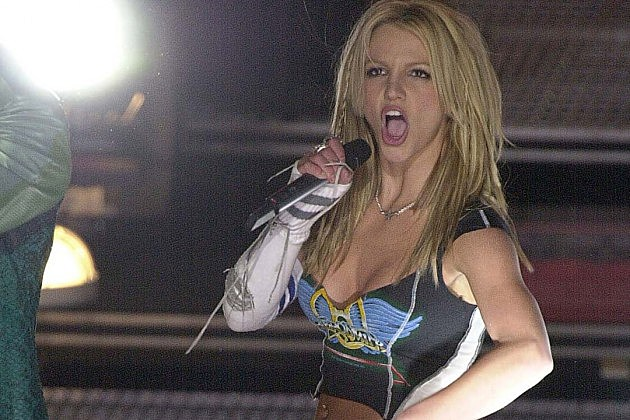 Britney-Spears-Super-Bowl