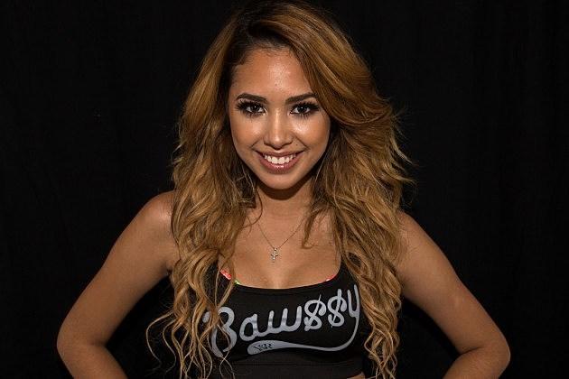 Jasmine-V-Tour