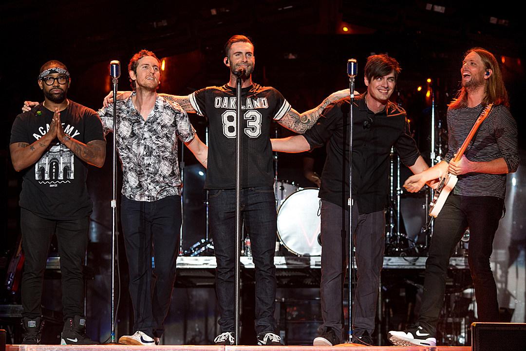 Resultado de imagem para maroon 5 v tour