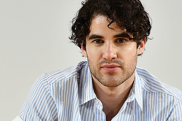 Baby bed youtube - Is Darren Criss Checking Into American Horror Story Hotel