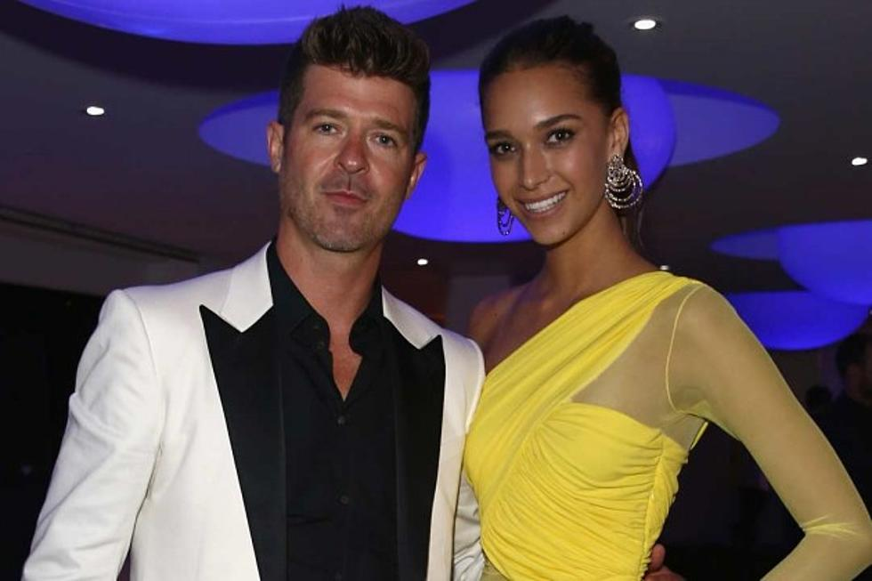 Robin Thicke Is NOT Engaged To His 20 Year Old Girlfriend