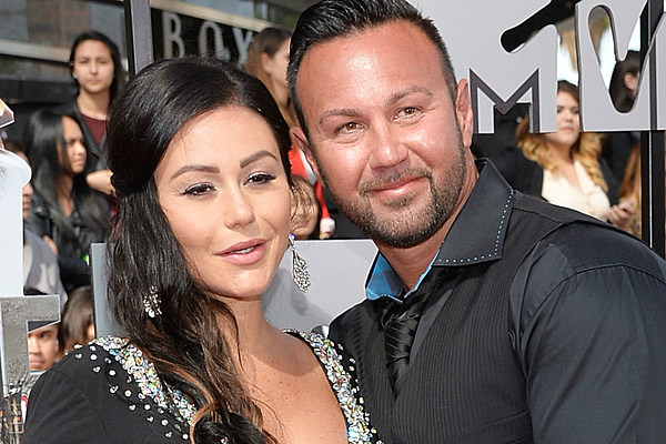 jwoww and roger first meet