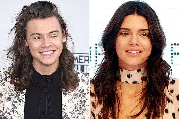 Which Two Members Of One Direction Are Dating Each Other