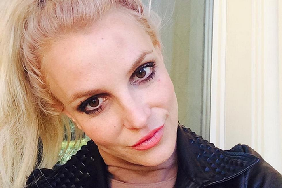 Britney spears ran into a pole on new years eve britney spears ran into a pole on new years eve shares bruised selfie on instagram stopboris Choice Image