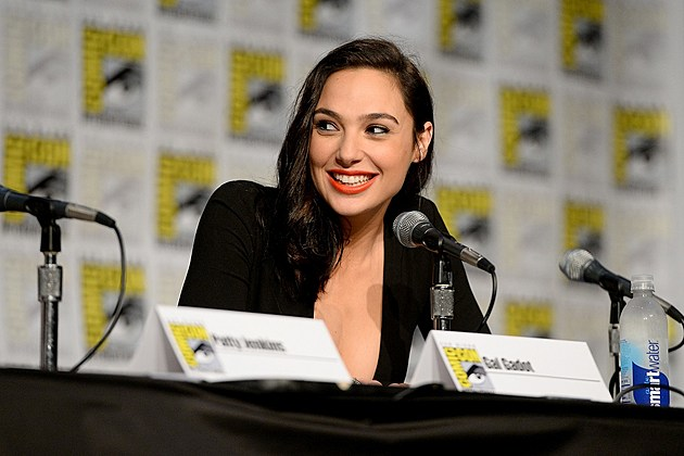 Gal Gadot Wonder Woman Panel Comic Con