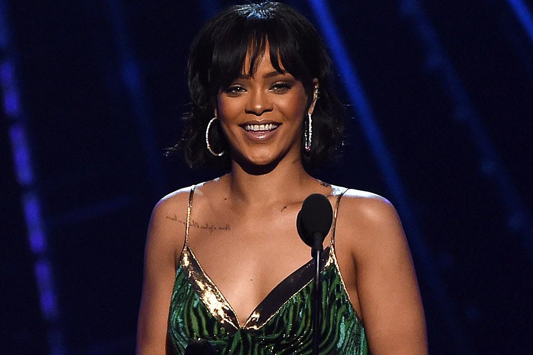 Rihanna to perform and receive top honor at MTV VMAs
