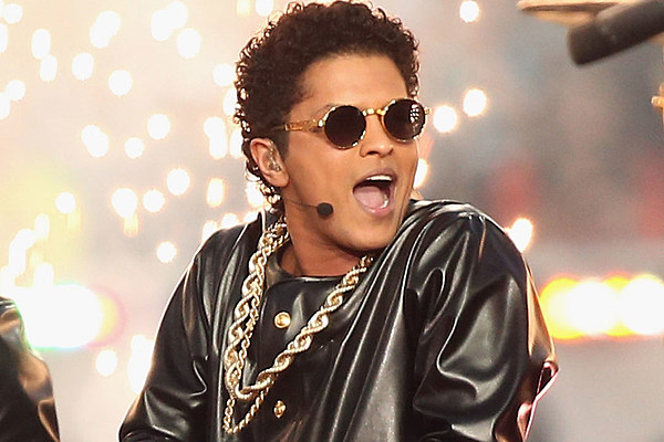 New bruno mars song 39 versace on the floor 39 is a sensual for On the floor meaning