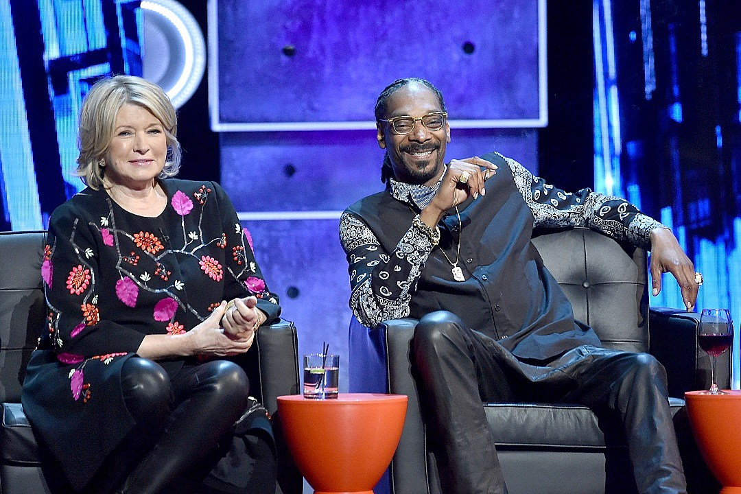 Snoop Dogg and Martha Stewart host new cooking show