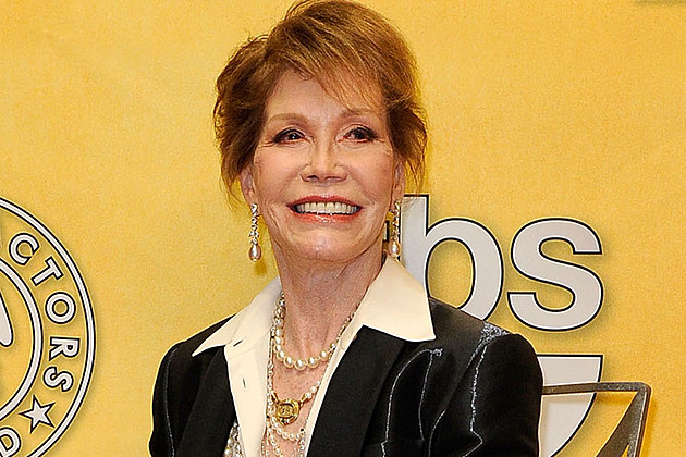 mary tyler moore critical condition