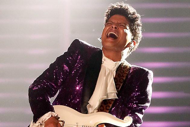 bruno mars grammys 2017 prince tribute