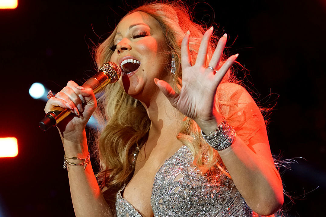 Mariah Carey brings Christmas concert series to Las Vegas