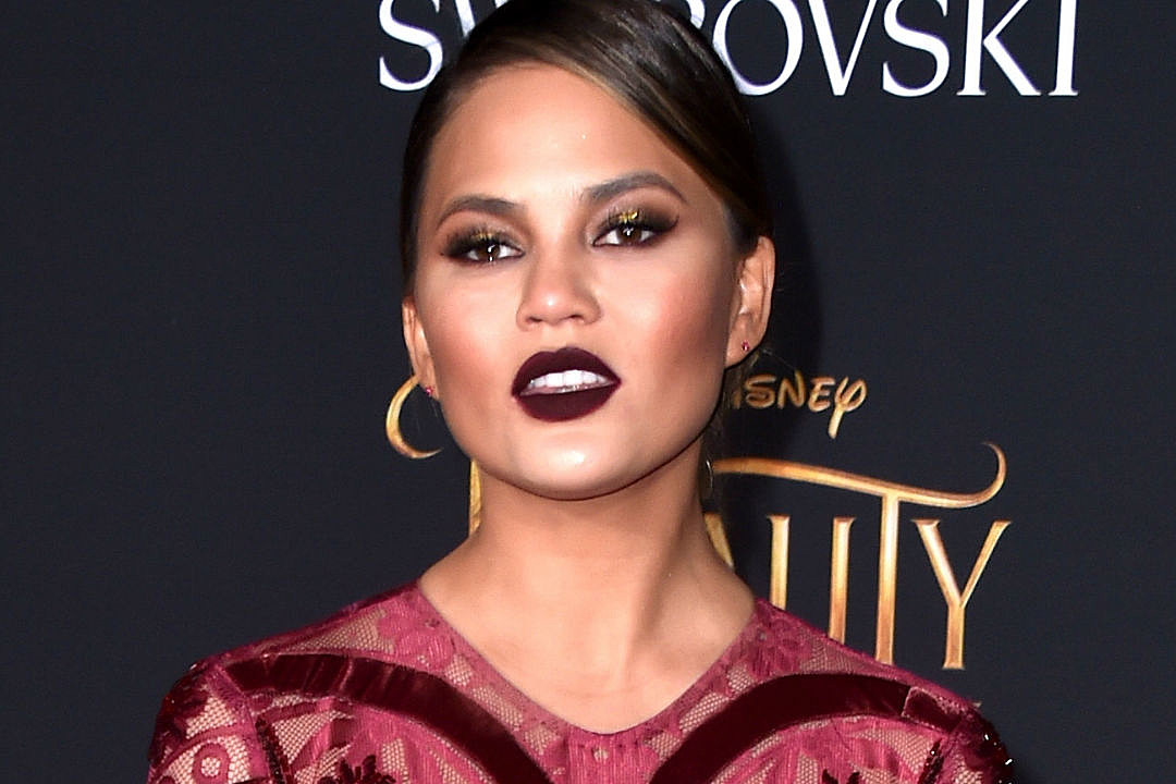 Chrissy Teigen Postpartum Depression