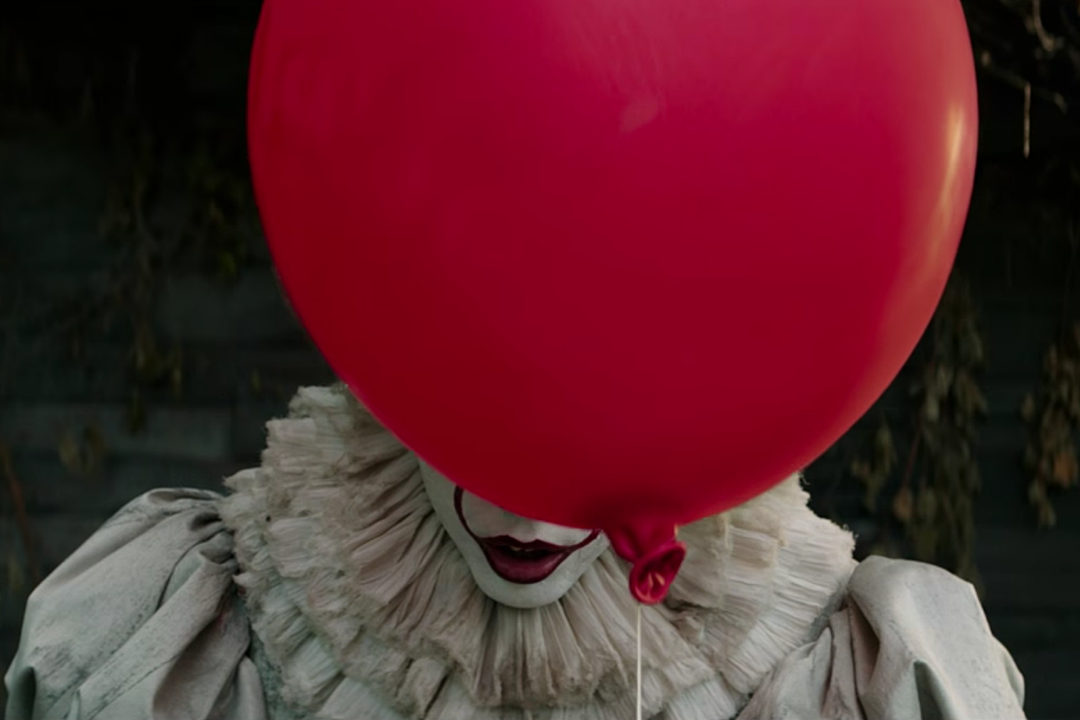 It Trailer Proves You Should Never Trust A Red Balloon