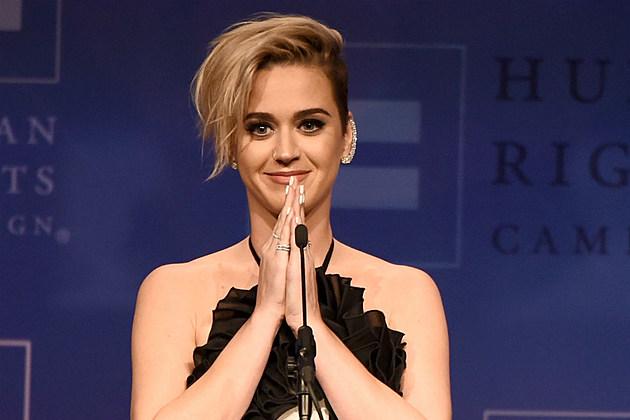 Katy Perry Honors Fan Dead Car Crash