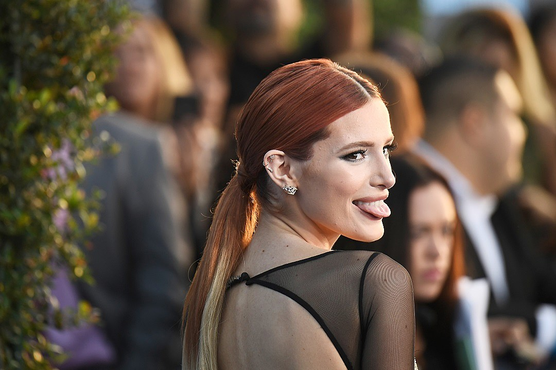 Who is bella thorne currently hookup